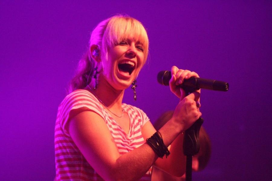 Sängerin Janine Meyer